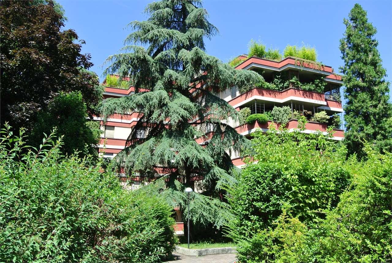 Ad.ze V.le Solferino-Prestigioso appartamento